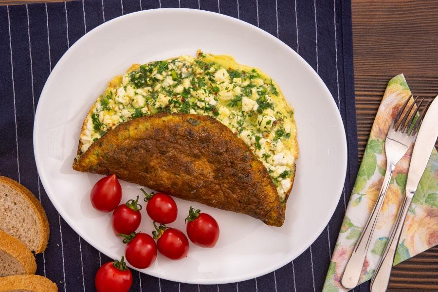 otlu peynirli omlet